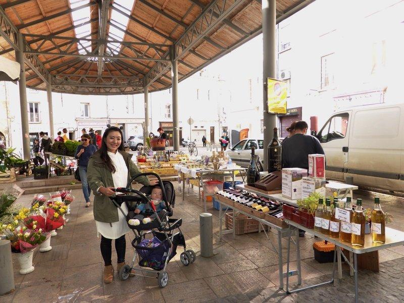 large_Avignon_farmers_market.jpg