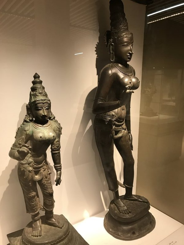 Some of the goddesses were rather well endowed in the boob department!!