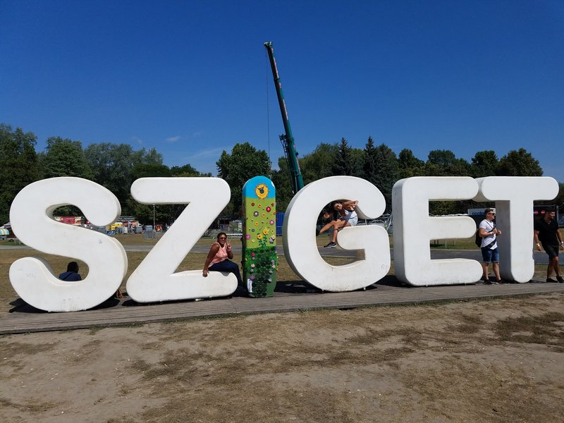 sziget sign