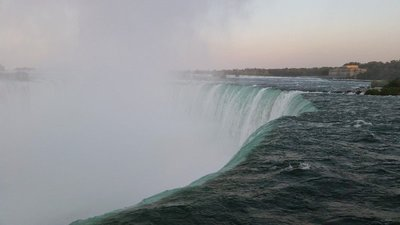 The Top of Horseshoe Falls