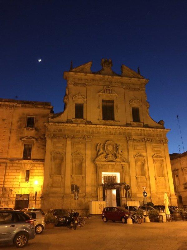 Lecce at night