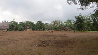 Millenium Cave : au 1er village