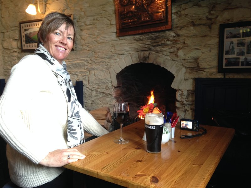 A drink and lunch at O'Dwyers Pub on our roadtrip around the Ring of Kerry