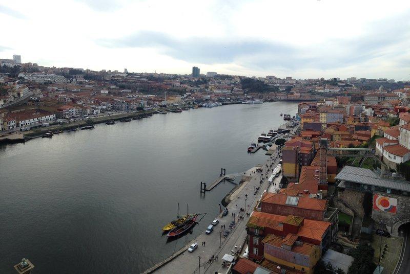 The amazing views around the Douro River in Porto