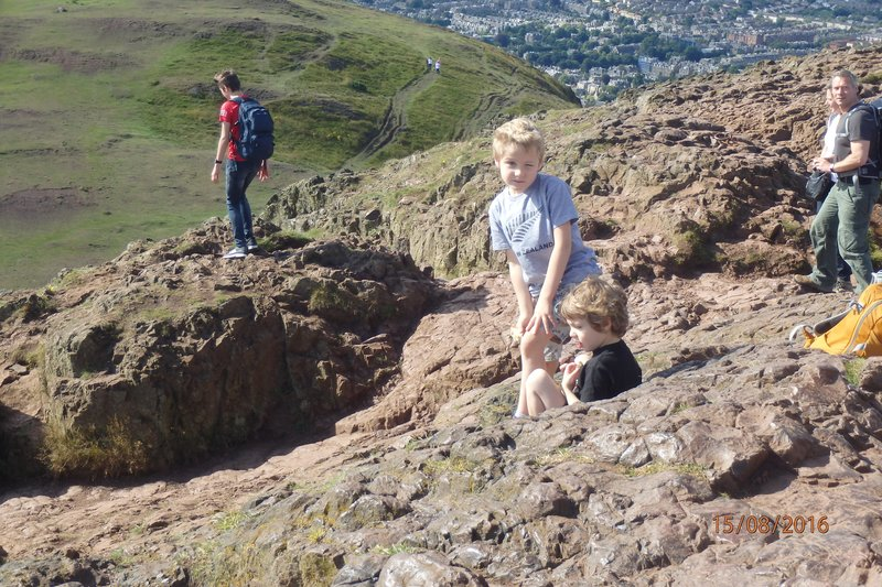 Geordie and Archie on 'Arthurs Seat'