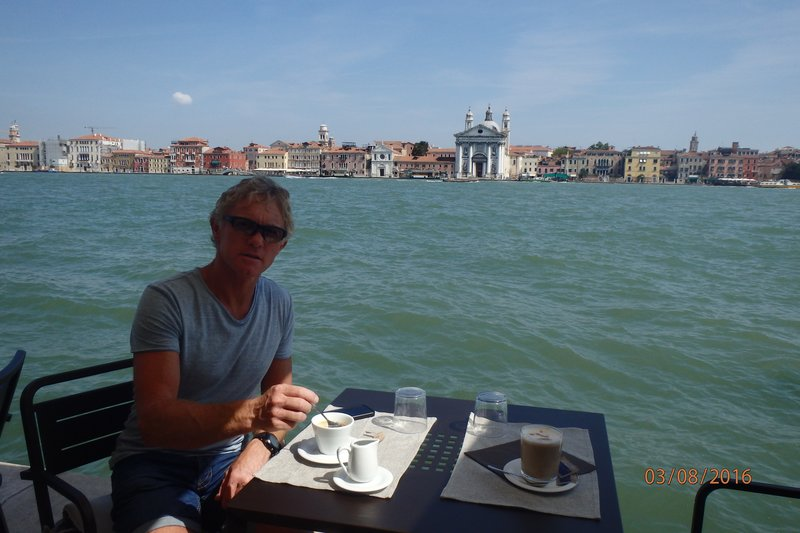 The more peaceful side of Venice - ahh coffee!