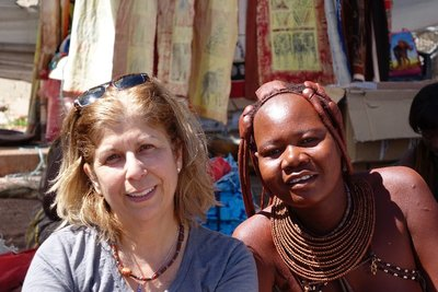 San_Women_at_Market.jpg