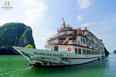 2. Huong-hai-sealife-cruise-halong