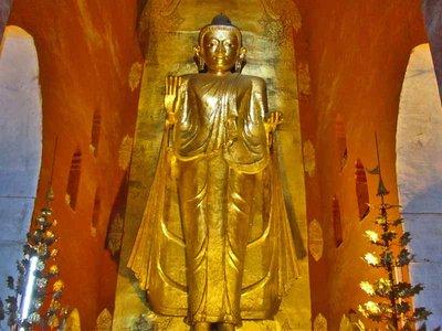 Ananda Temple Gautama Buddha Statue