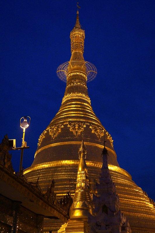 Shwe Da Gon Pagoda