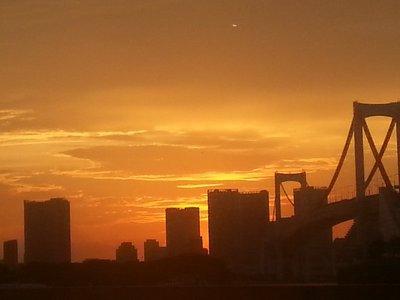 Tokyo sunset over the Rainbow Bridge