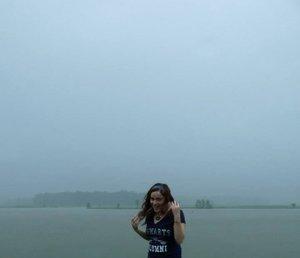 shari_in_the_rain.jpg