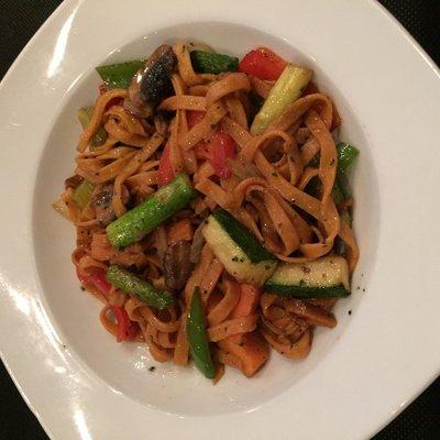 Bruc33 Wok Noodles