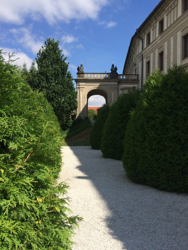 Prague Castle perimeter walk