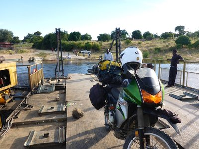 Crossing the Zambezi - engine running