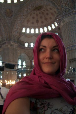 Lici being modest in the Blue Mosque