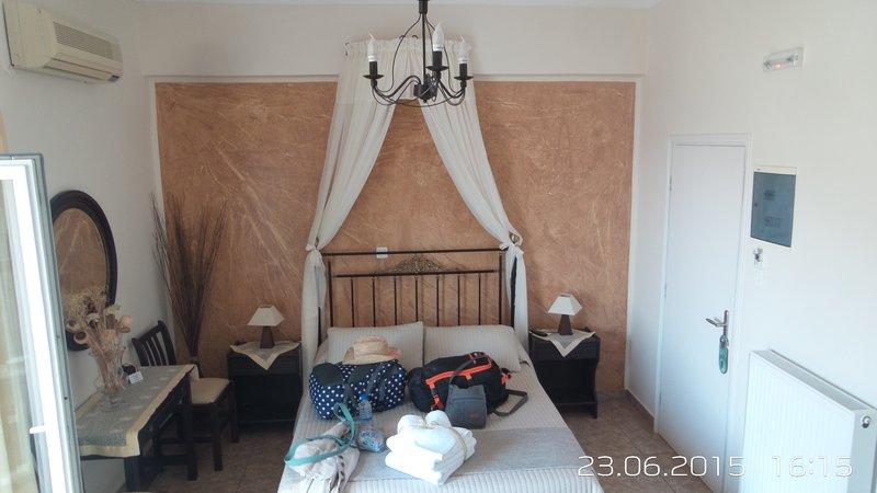 room 2 villa maria damigou