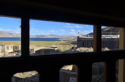 Blick aus unserem Homestay Guest House auf den Tsomoriri Lake