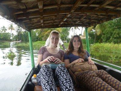 Natascha und ich am Kanu