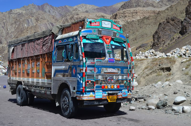 Bunter TATA Truck