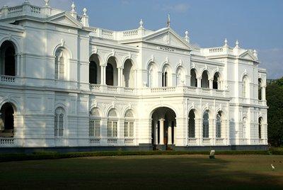 sri-lanka-national-museum-colombo