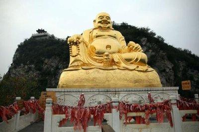 Buddhist_statue.jpg