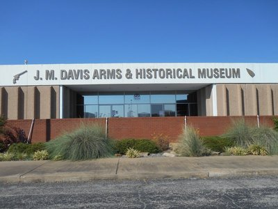 J M Davis Arm and Historical  Museum