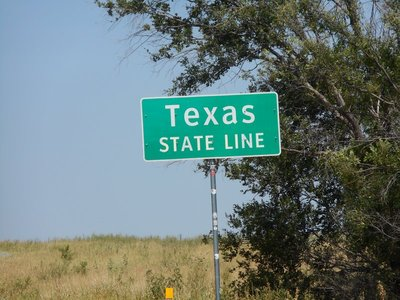 Crossing the State line on Route 66