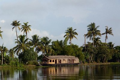 Kerala-Backwater-Houseboat