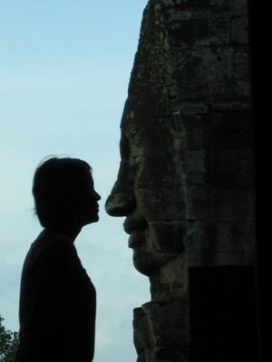 A kiss with Bodhisattva