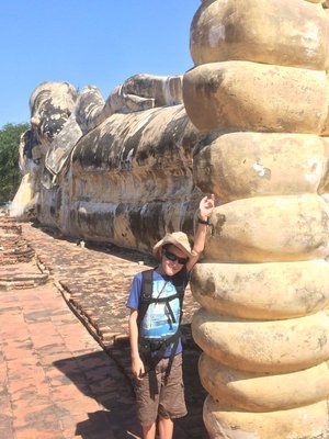 Giant reclining budda - Ayutthaya