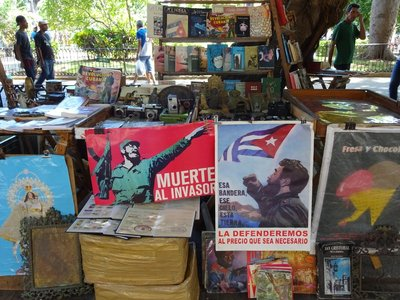 Habana Vieja - book and poster stall