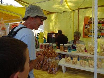 Buying Canas (sugar cane segments) in Morelia