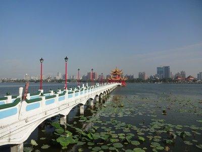Wuli Pavilion, Lotus Lake