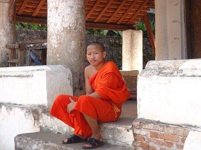 Monk contemplating, Wat Sensoukharam
