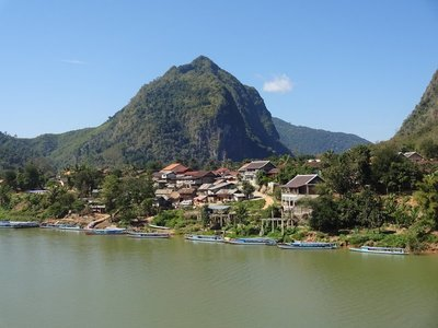 Nong Khiaw in the afternoon