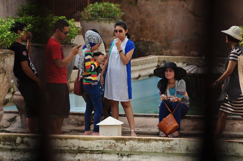 Tourist at Umbul Binangun Tamansari
