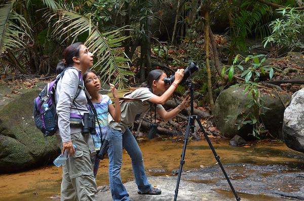 Watching birds and other forest creatures at Kbal Spean