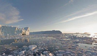 Ilulissat_.._Waterfront.jpg