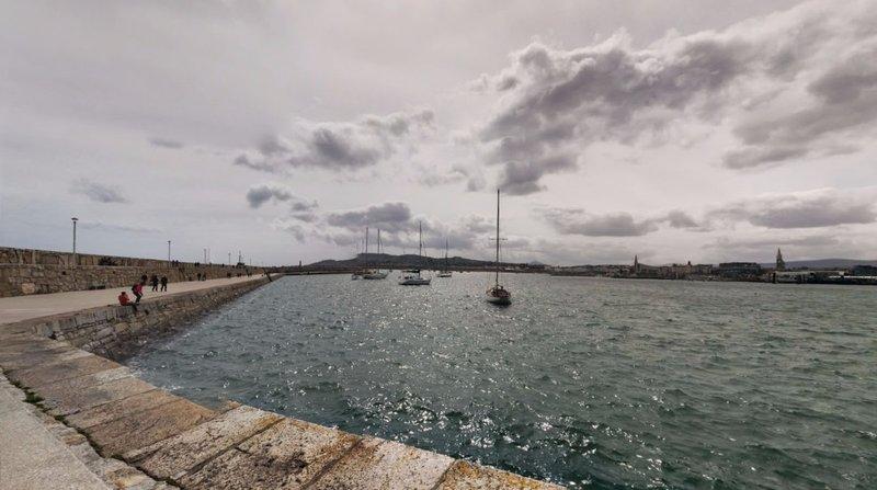 large_West_Pier_Dublin.jpg