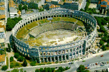 Pula - 3rd century Arena town!