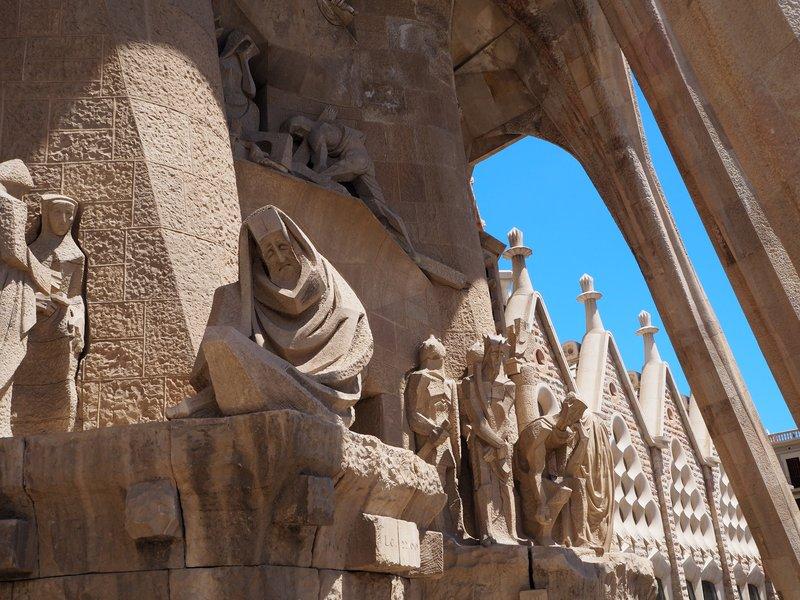 Sagrada Statuary