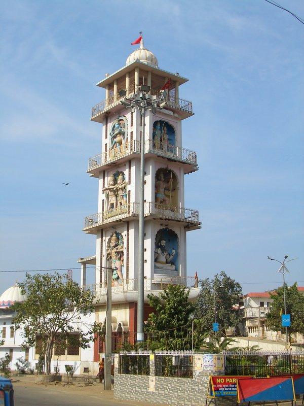 Pushkar Eingangstempel mit div Göttern 01