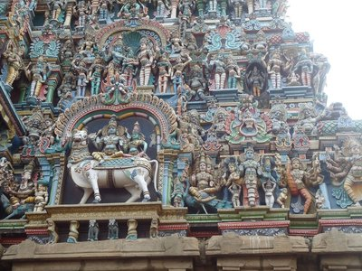 Day 11. Madurai Meenakshiamman Temple close up