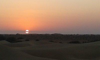 Desert_sunset.jpg