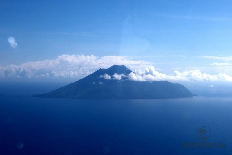 vulcano island vanuatu