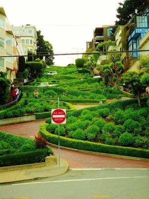 24-Lombard_Street.jpg