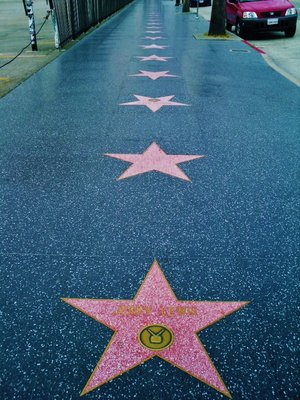 3-Hollywood_Walk_of_Fame.jpg