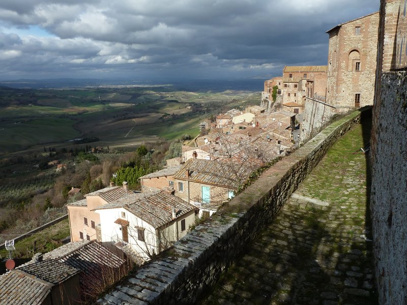 Views f the rooftops, Montepulciano