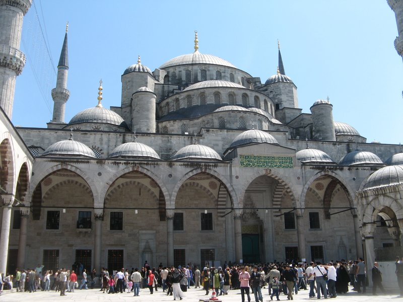 Istanbul's famous Blue mosque